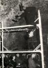 """Zbigniew Cynkutis w roli tytułowej w """"Kordianie"""" według Słowackiego, Teatr Laboratorium 13 Rzędów, Galeria """"Krzysztofory"""", Kraków, marzec-kwiecień 1962. Fot. Edward Węglowski"""